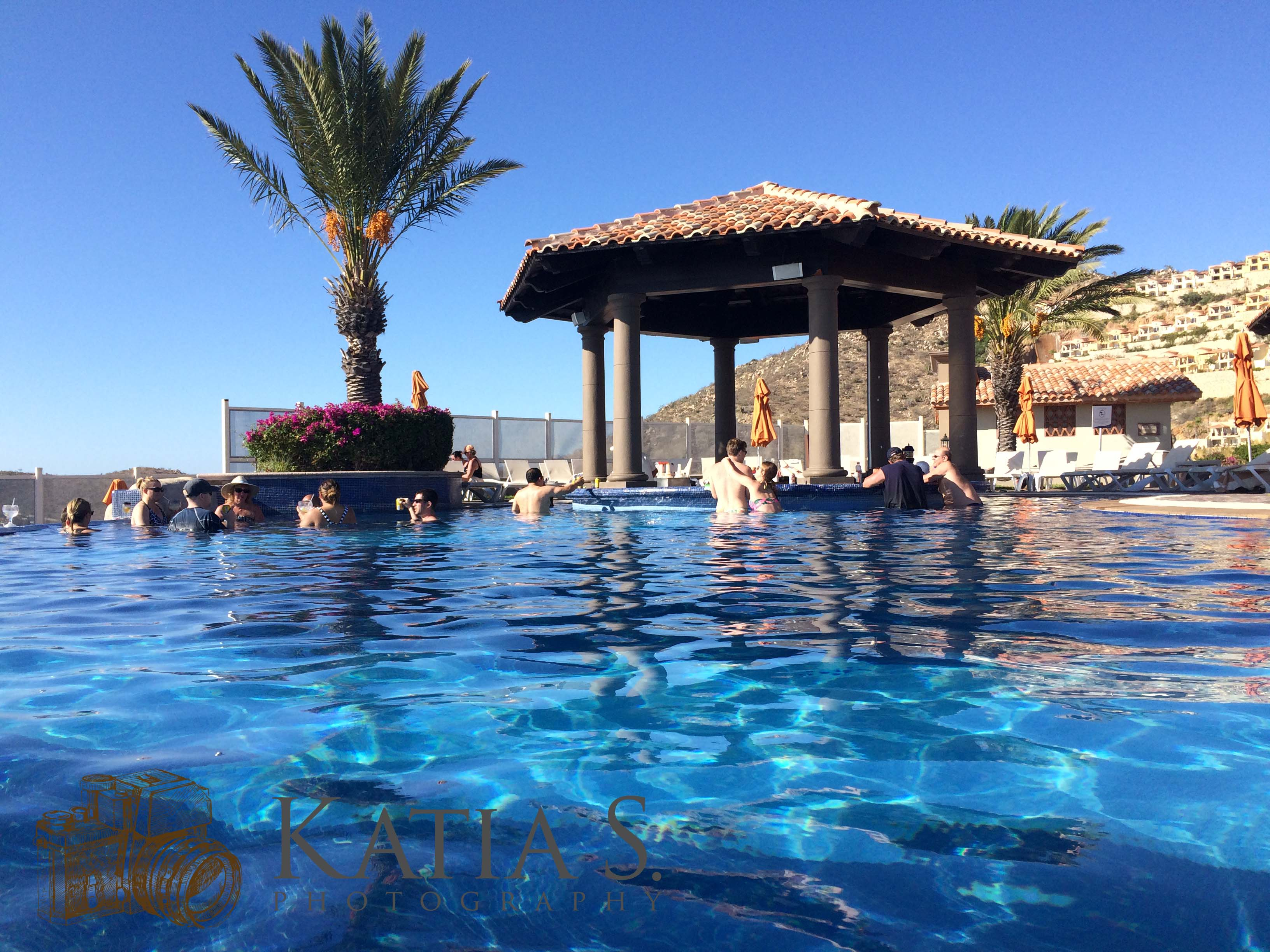 January_2016_Iphone_Mexico_Monday_pool_0015